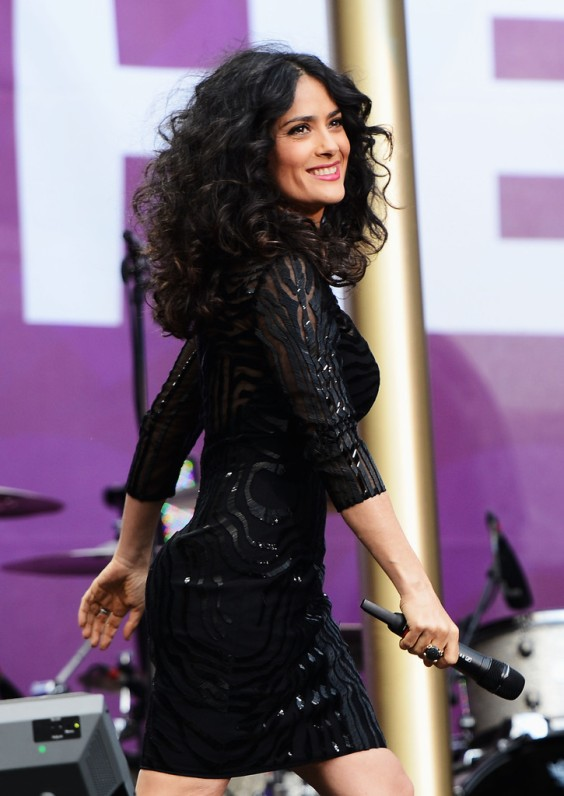 Salma-Hayek---Chime-For-Change---The-Sound-Of-Change-Live-concert--01