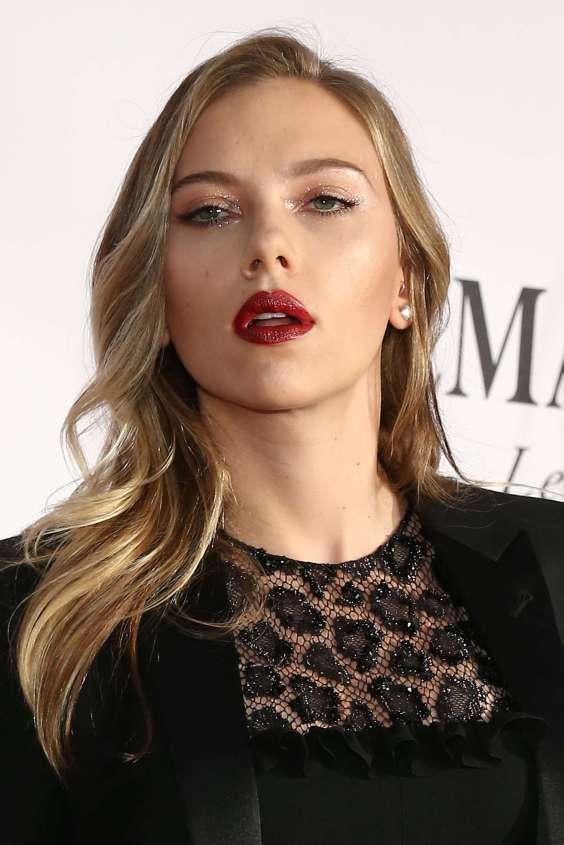 Scarlett-Johansson---67th-Annual-Tony-Awards-in-New-York--10