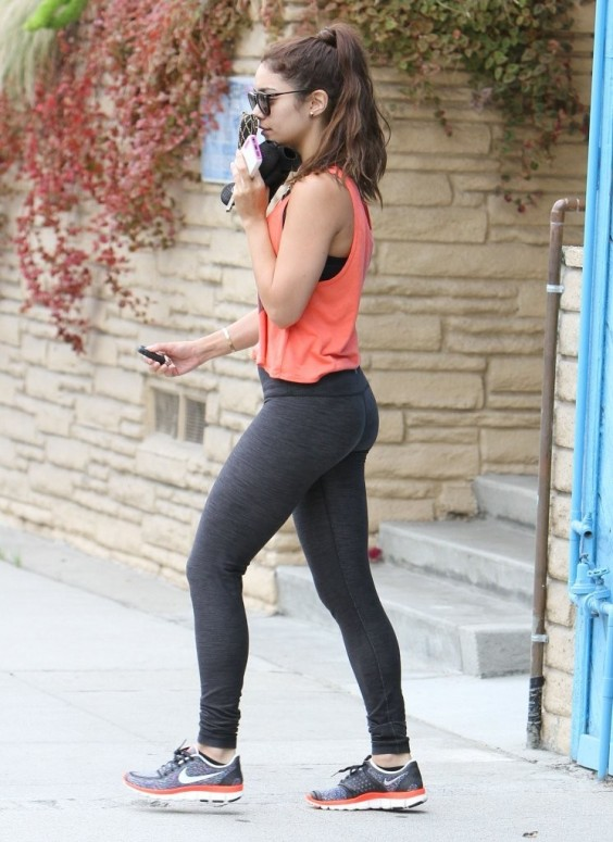 Vanessa-Hudgens-leaving-the-gym-in-Studio-City--06